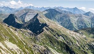 tatra-mountains-panorama-from-banikov-pe
