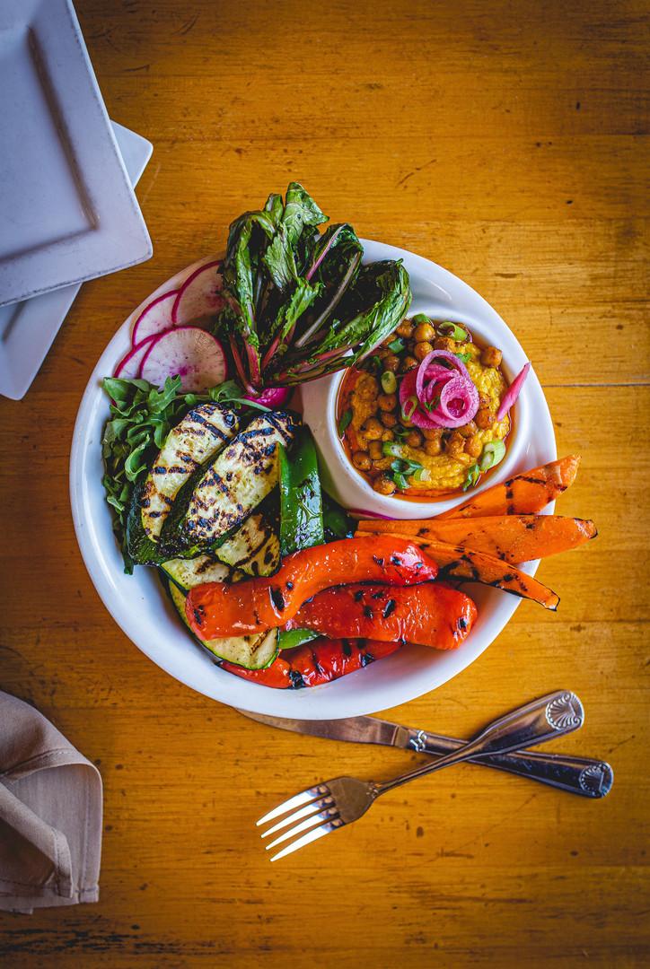Hummus_Plate_Bread_Beast_Photo-5575.jpg