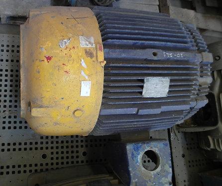 Motor de 3578 rpm, 100 hp #1886
