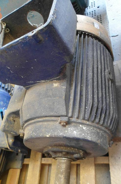 Motor de 1175 rpm, 60 hp #1821