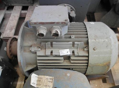Motor de 3530 rpm #1857