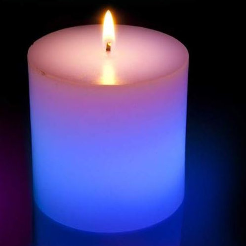 Lil' Flicker color changing Candle