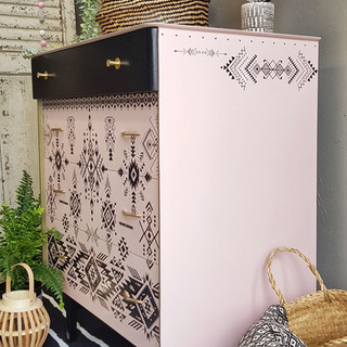 Retro mid centruy moders pink drawers by