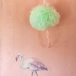 6 childs redesigned vintage flamingo war