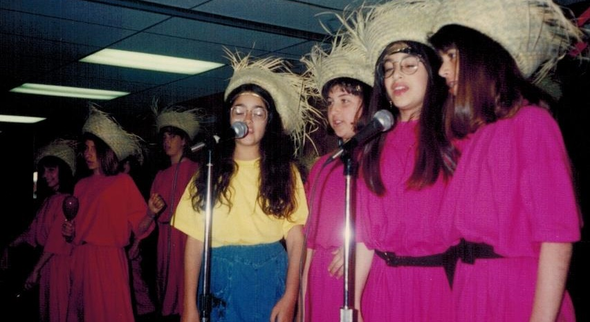 Kollot Shira Girls Jr High Div 1993-4 001 crop 2