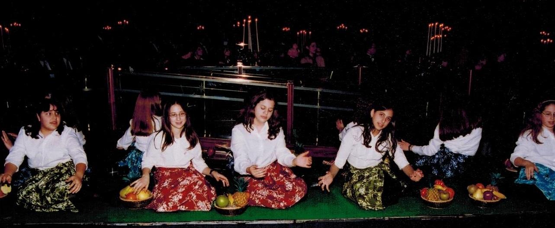 Yavneh 2002 Israel 50th B day 001 crop