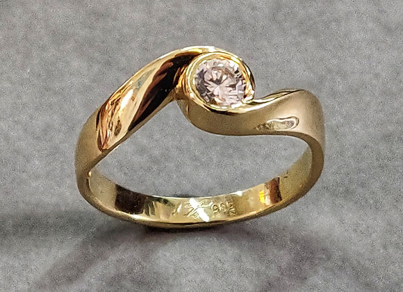 Engagement ribbon twist ring