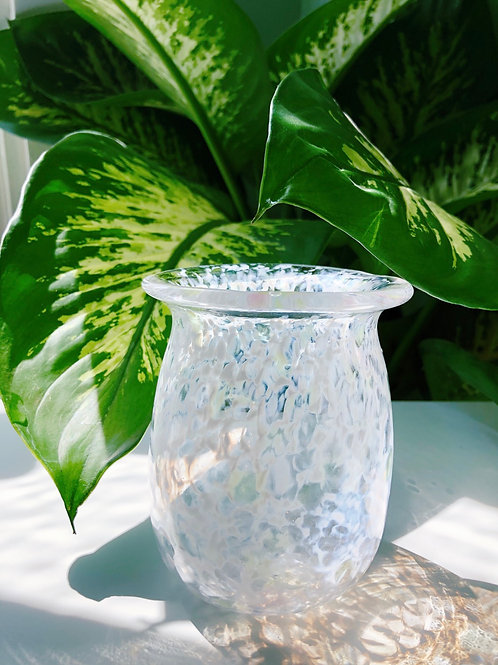 Handblown Glass Vase; wht