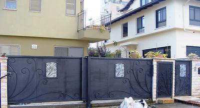 שער מברזל לבית