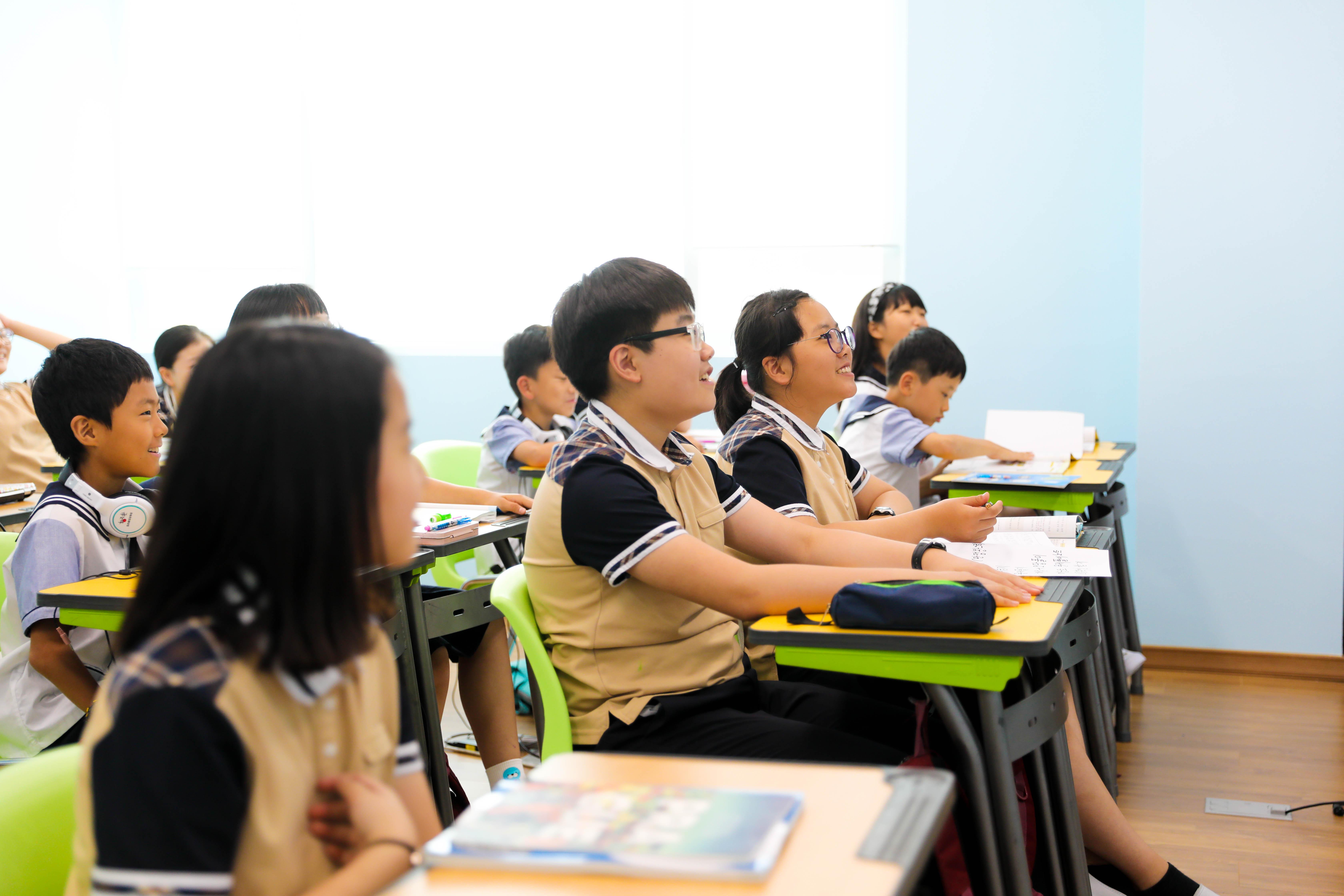 유니스 학생들-1