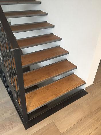 Escalier_intérieur_020.JPG