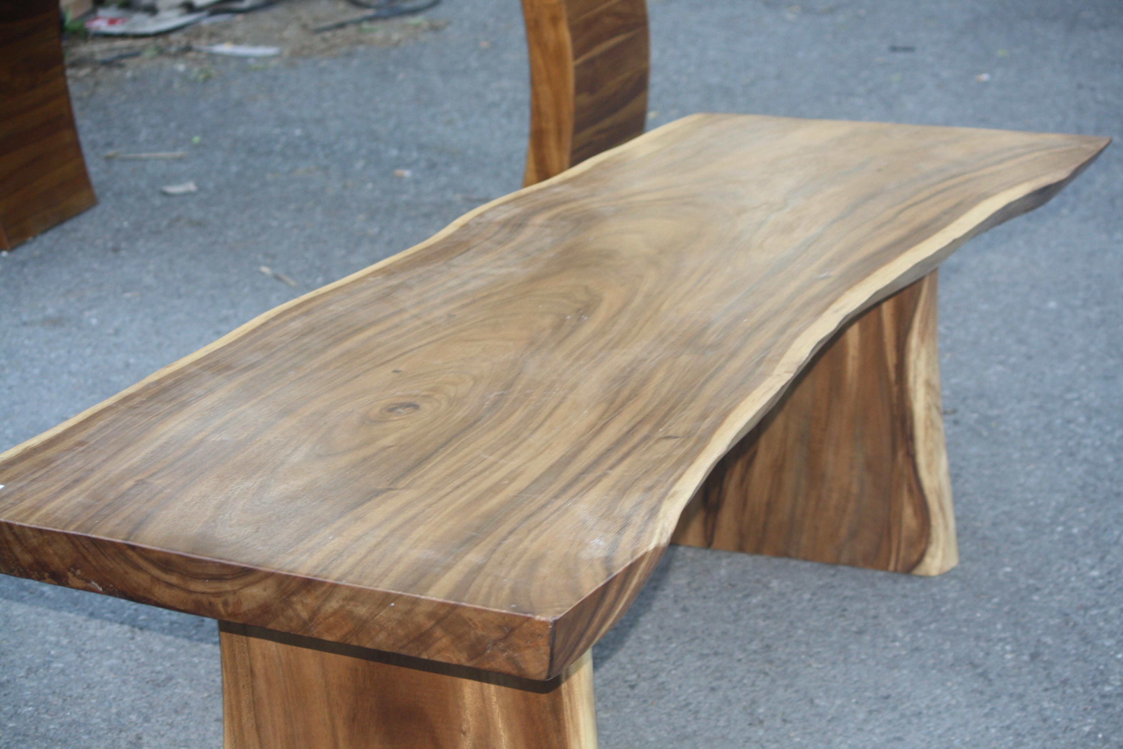 rich mahogany grain table
