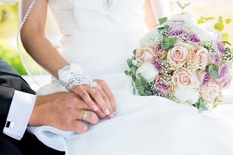 Bilde av brudebukett. Bryllupsbilder Stavern. Fotograf Atle Slettingdalen