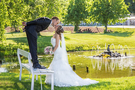 Posering bryllupsbilder. Foto Atle Slettingdalen