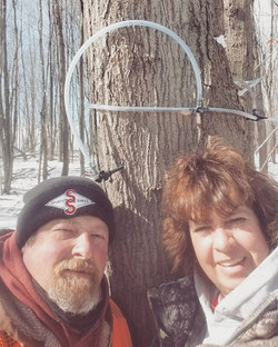 Shout out to my folks for putting in hours out in the woods!!! #hardworkingparents_#saptosyrup