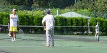 tenniscort01.jpg