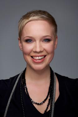 Katharina Debus