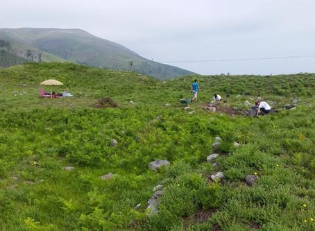 Traballos arqueolóxicos no Forte de Bragandelo