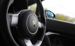9-steering-wheel-detail-15