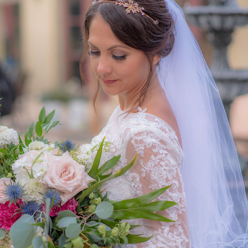 Bride, Veil, Makeup, Bridal Bouquet, Bouquet, Wedding Inspiraion
