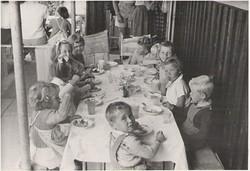 Xmas with Riverside Kids, 1950s
