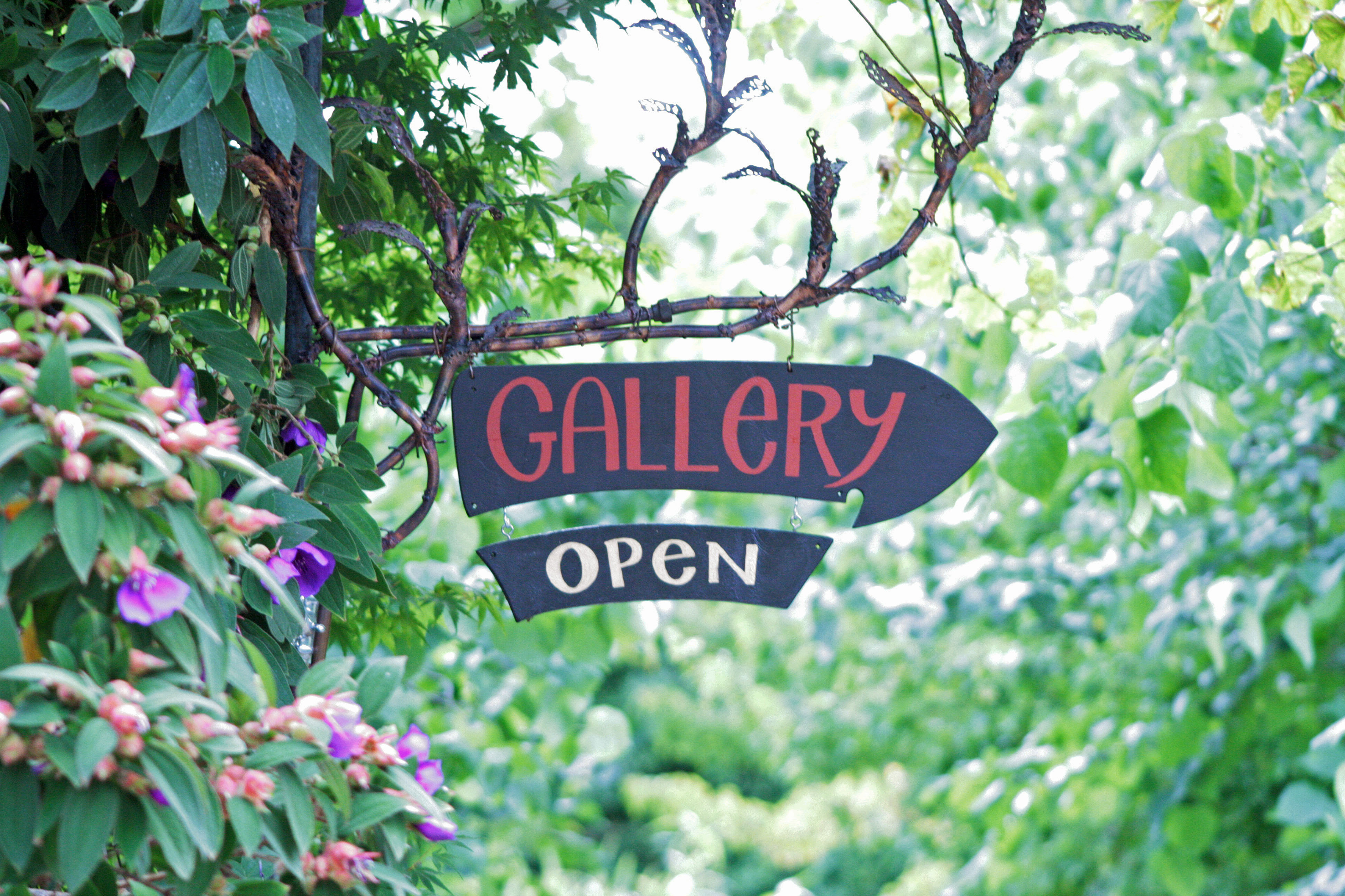 Gallery Sign at the Riverside Cafe