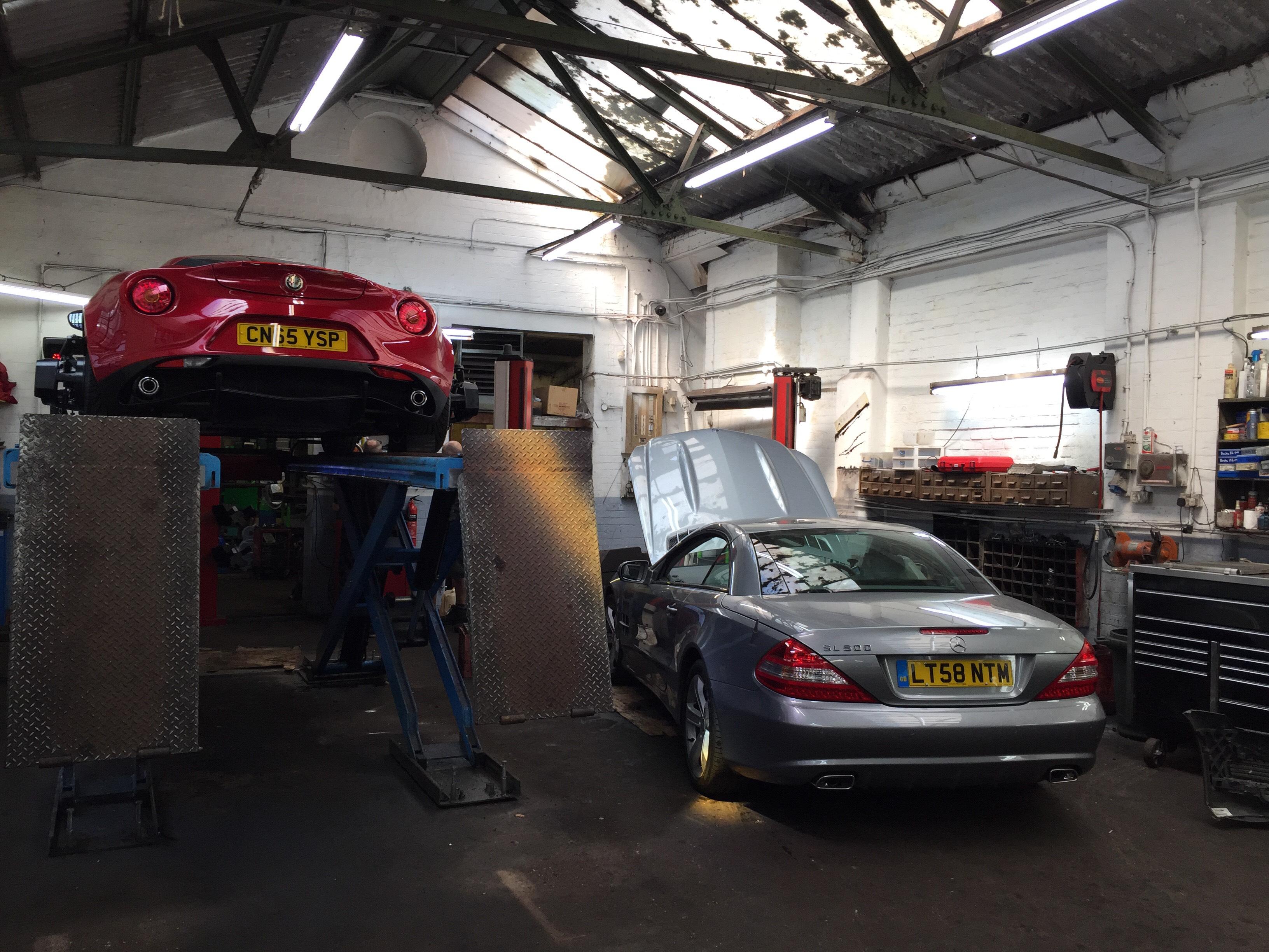 Mercedes & 4C