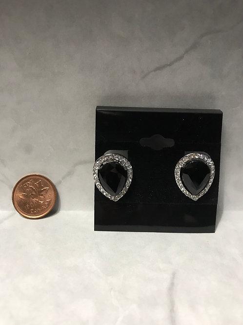 Black stone / crystal edge Clip Earnings