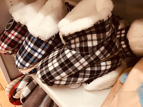 Snoozies  Bootie Style Slippers