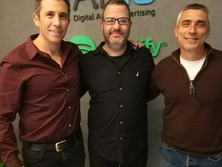 """פרק 77- שיחה עם גלעד נחום ואריאל בורטניק, מנכ""""לים משותפים בסוכנות השיווק הדיגיטלי וניהול הדאטה"""