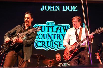 Jesse Dayton and John Doe burning it up