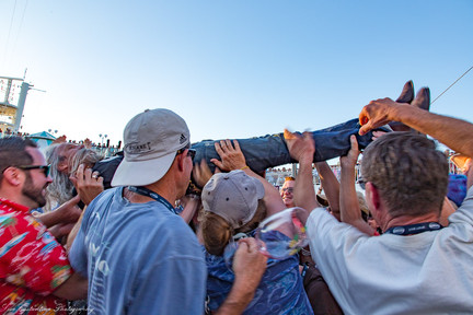 Woodstock tribute- Steve Poltz crowd-surfing