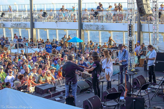 Kasey Chambers and the Fireside Disciples serenade the pool deck