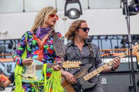 Elizabeth Cook and bassist