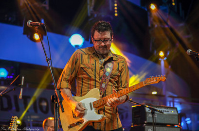 The Red Dirt Boys: Will Kimbrough on guitar