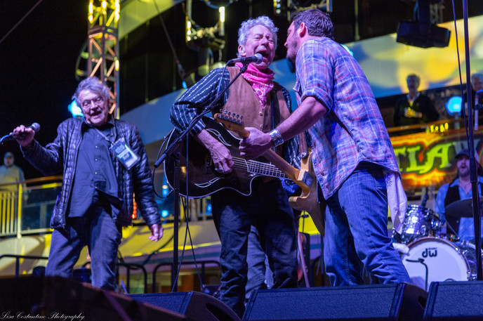 Joe Ely, Willy Braun, and Terry Allen rocking it