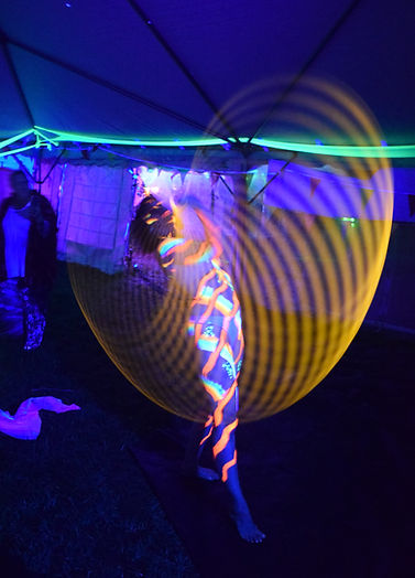 UV hooping bodypaint