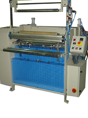 Maquina pre corte papel mantel 1