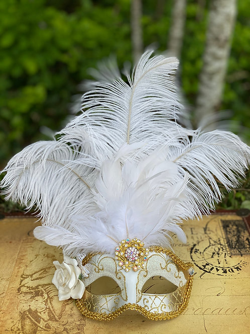 Feathered Mask in White