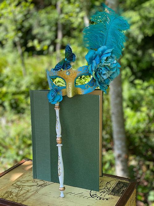 Colombina Floral Stick Mask in Light Blue