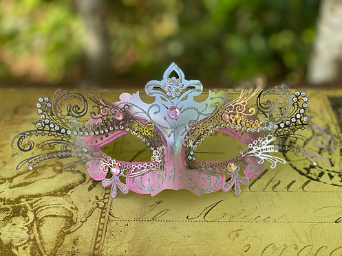 Filigree Mask in Pink/Silver