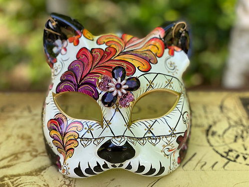 Painted Feather Gatto Mask