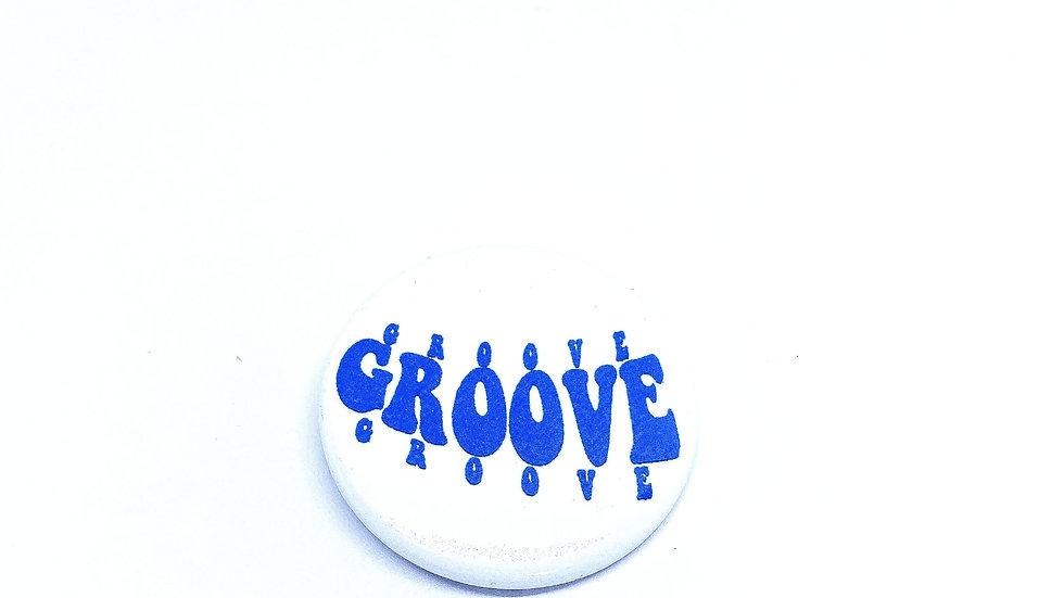 """Groove"" Pin"