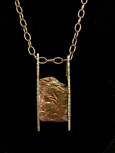 Suspended Metal Necklace