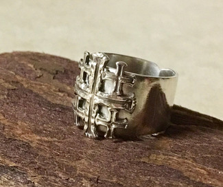 Cross Geometric Ring