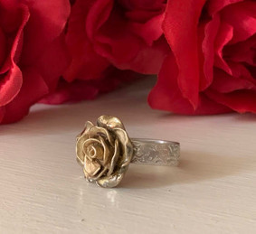 City Of Roses Ring