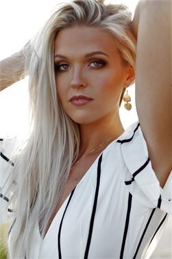 Jenna Syverson - Hannah Bennett Photography