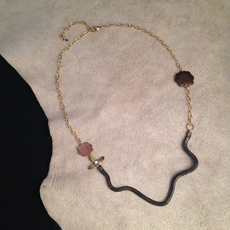 Crossing Necklace