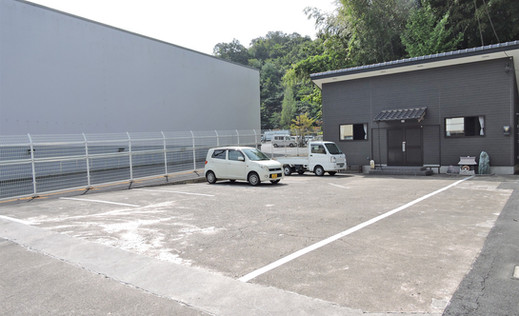 別館 駐車場(HP).jpg