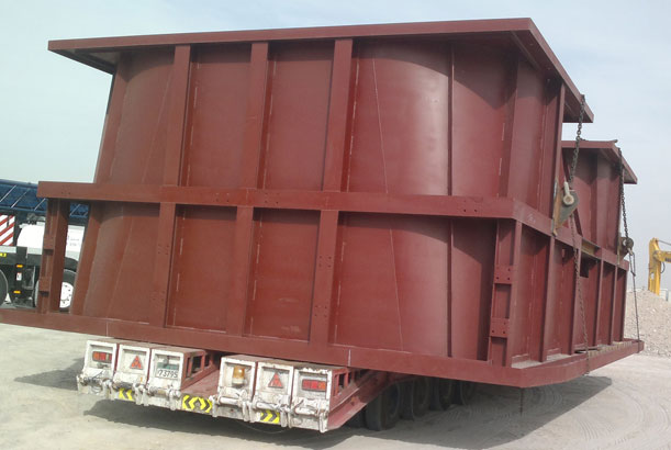 Container on Lowbed Truck